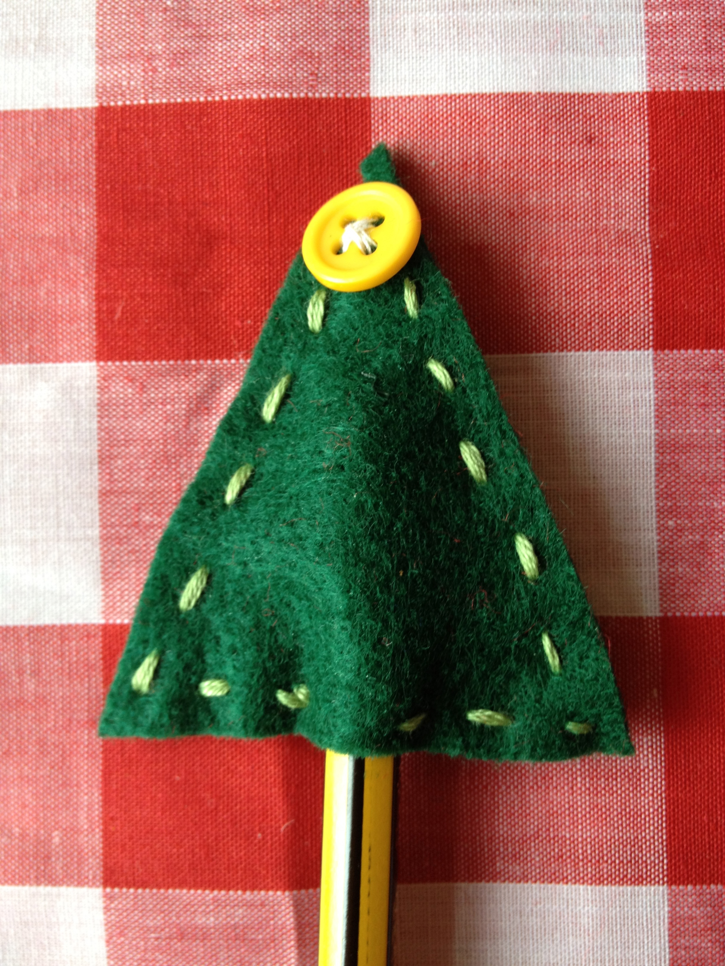 Christmas craft for kids felt pencil toppers make bake for Felt christmas crafts for kids