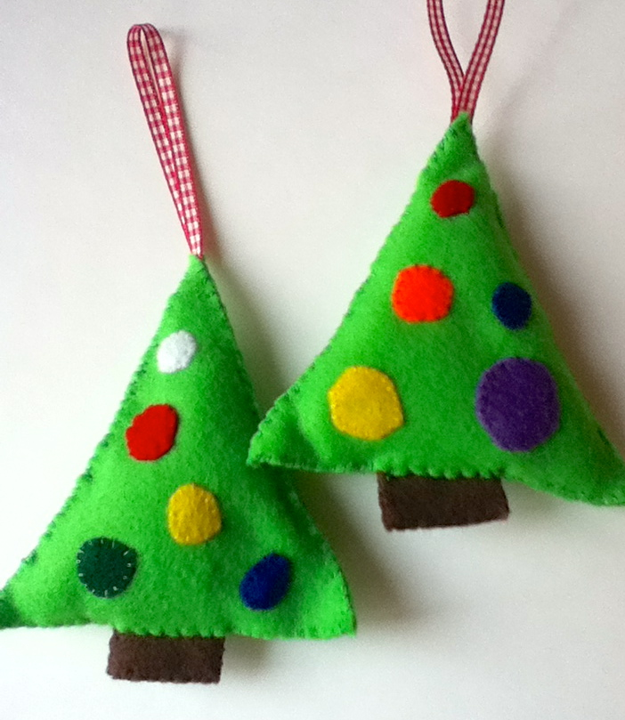 Felt christmas tree ornaments make bake sew - How to make felt christmas decorations ...